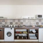 двухкомнатная кухня с балконом