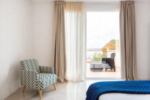 роскошная двухкомнатная спальня с джакузи